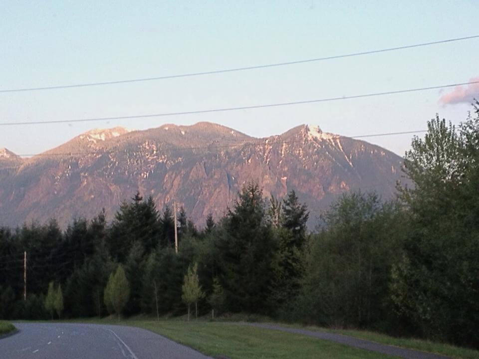 Glowing Mountain in my neighborhood